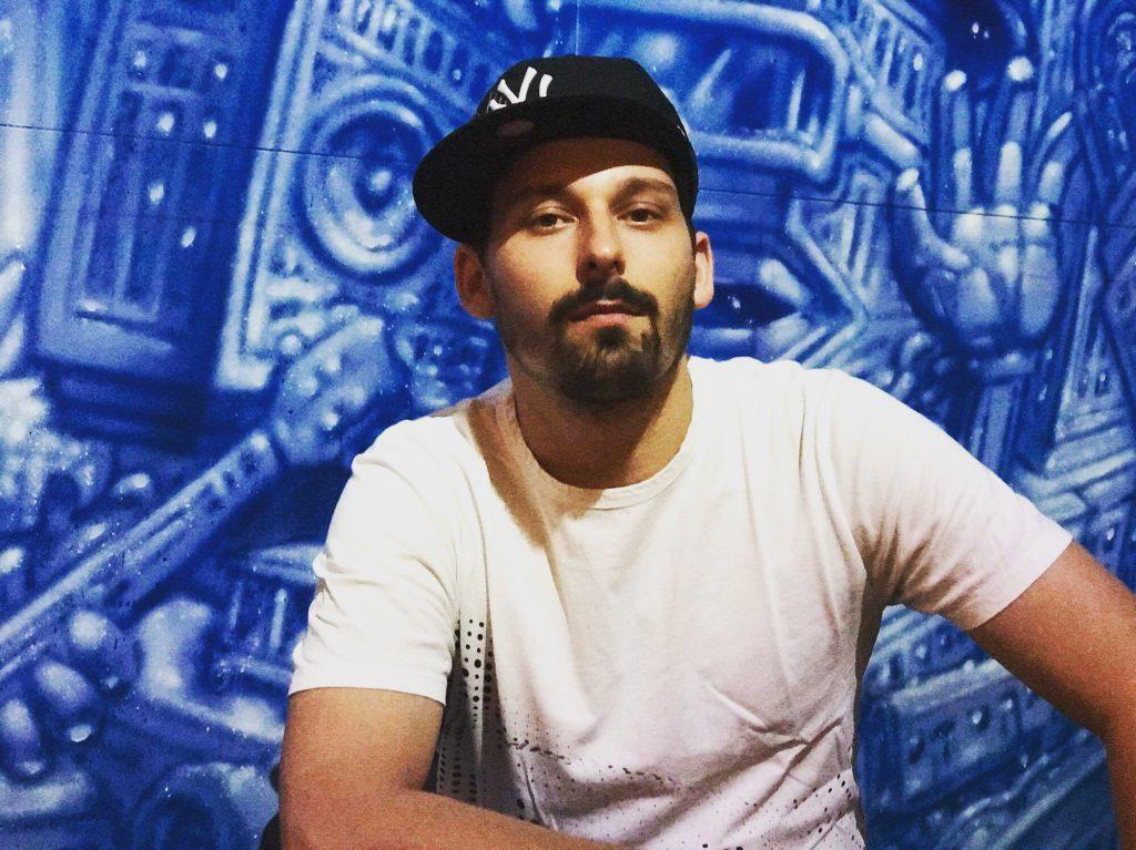 DJ MG Street art